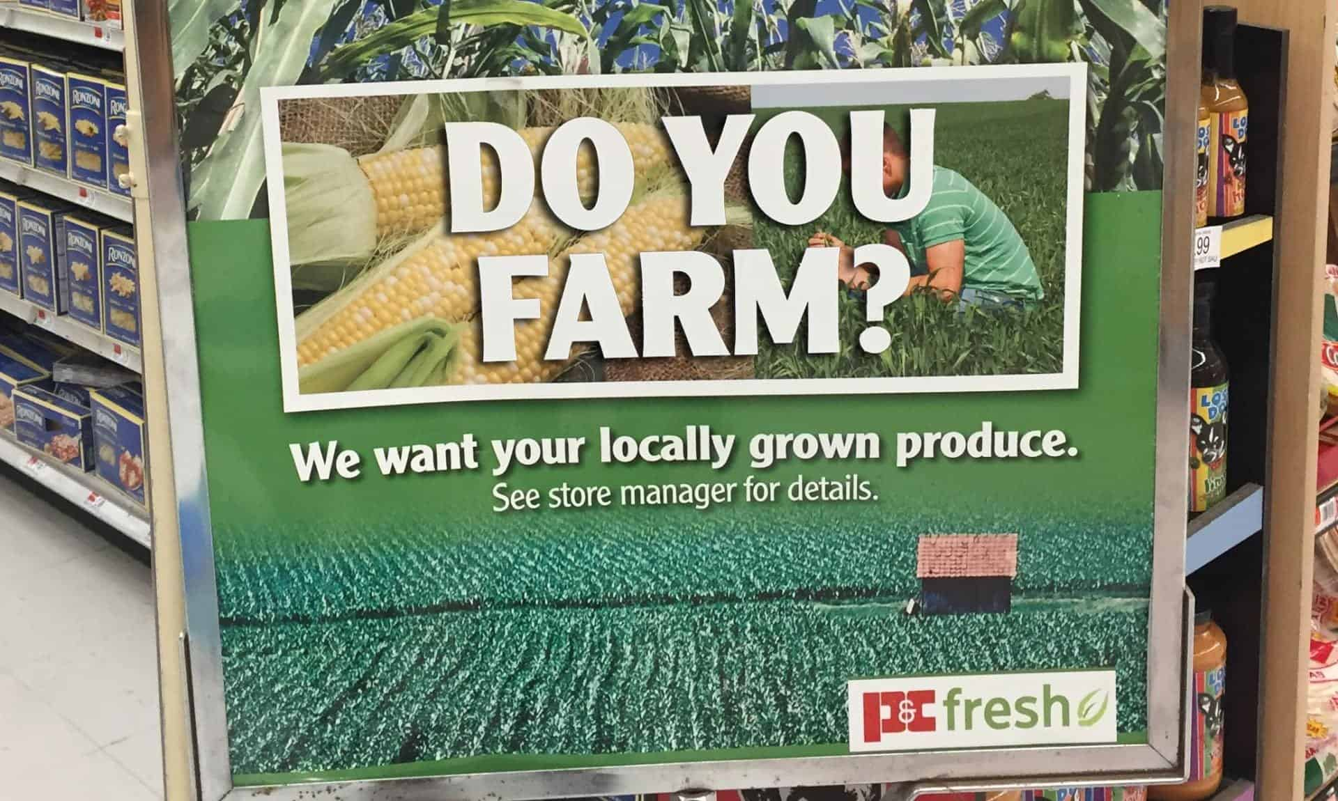 "Sign with writing ""DO YOU FARM?"""